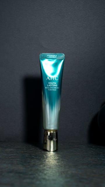 AHC Youth Lasting Real Eye Cream For Face Season 9