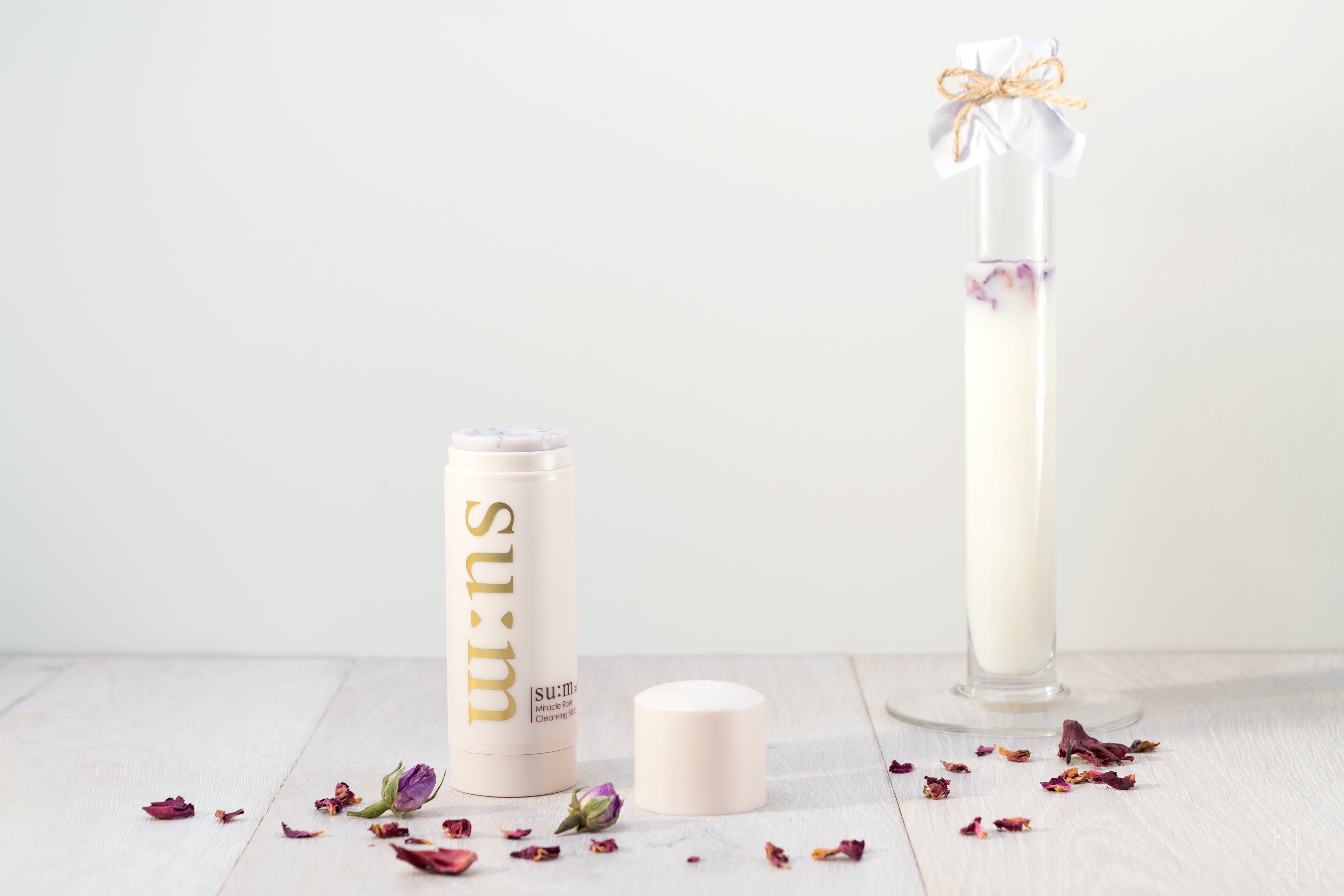 Su:m 37 Miracle Rose Cleansing Stick