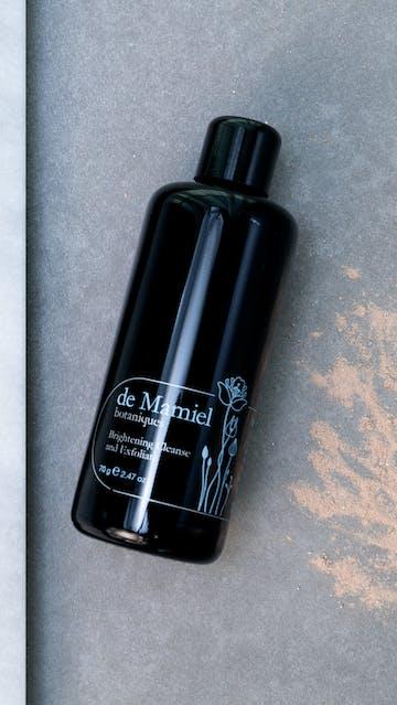 De Mamiel botanique Brightening Cleanse Exfoliate
