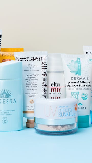 Drunk Elephant Umbra Sheer Physical Daily Defense SPF30, Drunk Elephant Umbra Tinte Physical Daily Defense SPF30, Derma E Natural Mineral Oil Free Sunscreen Broad Spectrum SPF30, Shiseido Anessa essence UV sunscreen mild milk SPF35, SPF50, Bioderma Hydrabio Eau De Soin SPF30 mist, Cosrx Aloe Sun Cream SPF50, Elta MD skincare UV Clear Broad Spectrum SPF46 facial sunscreen, Bioderma Photoderm Max SPF50 Aquafluid, Bioderma Hydrabio Perfecteur SPF30 Smoothing moisturising care Radiance booster, UV natural 100 mineral Sunkill RX powder
